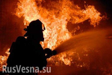 ВКиеве горит многоэтажка, есть погибшие (ФОТО)