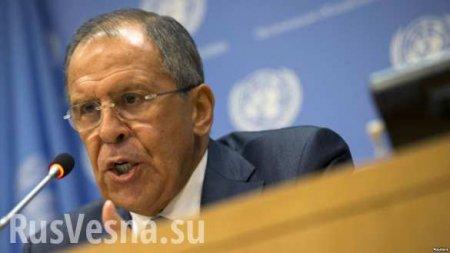 Lawrow hat erzaelt, wie Zelensky sich geweigert hat, die Truppen auf Donbas ...