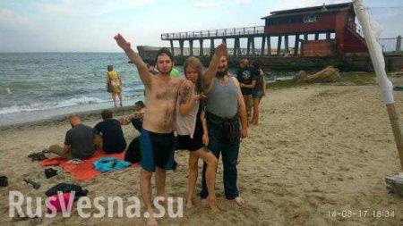 Известного украинского неонациста напоили мочой в собственном доме