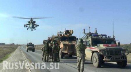 Сирия: боевые вертолёты ВКС РФ пролетают в метрах над турецкой бронетехнико ...
