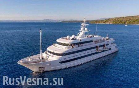 Порошенко отдыхает на Сейшелах на фешенебельной яхте (ФОТО)