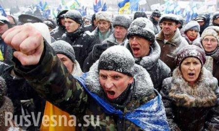 Протестующие на Полтавщине рассказали, почему такжёстко встречают эвакуированных изУханя (ВИДЕО)
