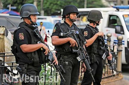 Спецназ на улицах, есть жертвы: захват заложников в столице Филиппин (+ВИДЕО)