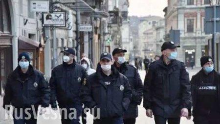 В ход пошли бетонные блоки: что происходит в Черновцах, где вспышка коронавируса (ФОТО, ВИДЕО)