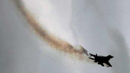 Истребитель МиГ-29 разбился в Индии (ВИДЕО)