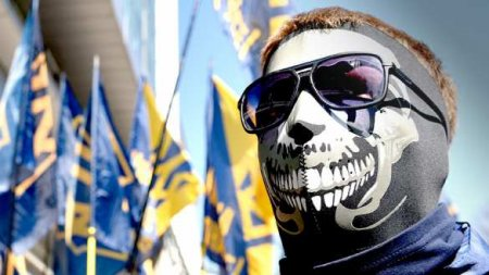 К-вирус нанёс удар по бандам нацистов на Украине (ВИДЕО)