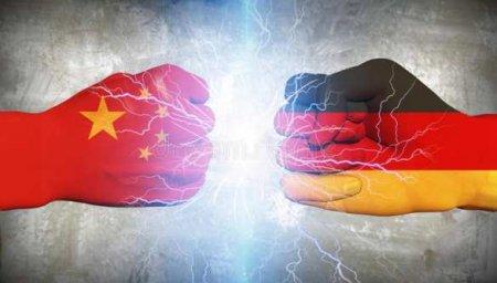 Запад объединяется против Китая