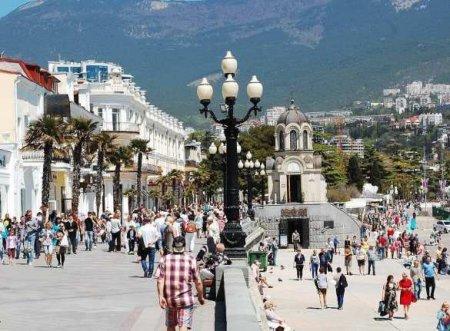 Крым отменяет режим строгой самоизоляции
