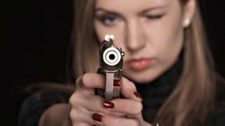 Опубликованы кадры расстрела девушкой криворожского прокурора Пипки (ВИДЕО)