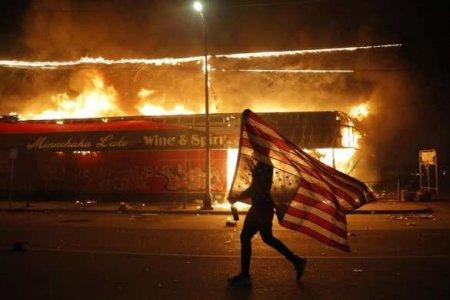 «Чёрный майдан» охватил уже35городов США (ВИДЕО)