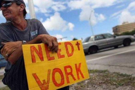 Безработица в США неожиданно пошла на спад