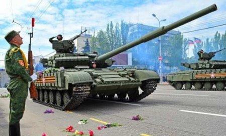 «Марширует воюющая Русская армия!» — военкор об особенностях и противоречиях Парада Победы на Донбассе (ВИДЕО)