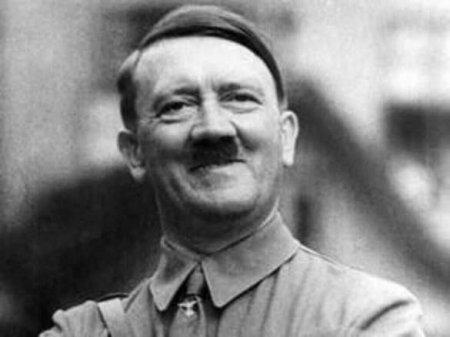 Мэр Херсона установил билборды с клятвой Гитлеру (ФОТО)