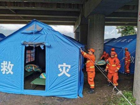 Сильнейшее наводнение в Китае: десятки погибли и пропали без вести (ФОТО, ВИДЕО)