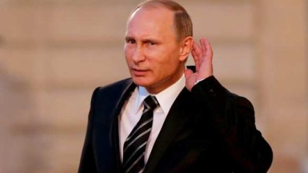 Противники Путина устроили «фрик-шоу» вцентре Москвы (ВИДЕО)