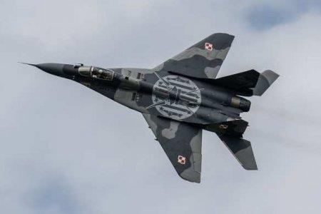 Международный скандал: Украина нанесла удар по обороноспособности Польши, взяв в заложники МиГ-29