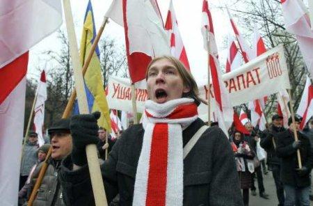 В Белоруссии рвутся к власти духовные наследники гитлеровских прислужников  ...