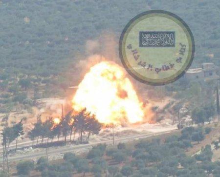 СРОЧНО: Подрыв колонны армий России и Турции глазами военных — кадры из кабины (ВИДЕО)