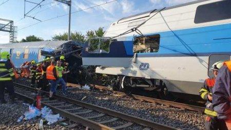 Страшное столкновение поездов вЧехии: множество пострадавших (ФОТО, ВИДЕО)