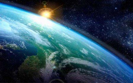 К Земле летит огромный астероид размером с футбольное поле