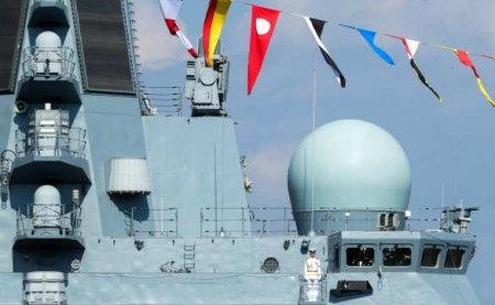 Мощь кораблей и авиации: ВМФ и ВКС России впечатлили иностранцев в Сирии (ВИДЕО)