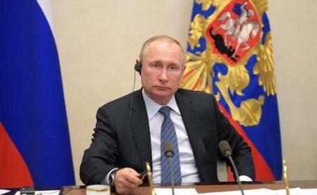 Путин объявил, что в России зарегистрирована первая в мире вакцина от корон ...