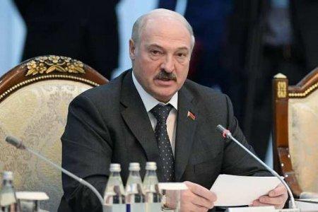 Лукашенко отправил в отставку глав КГБ и Совбеза