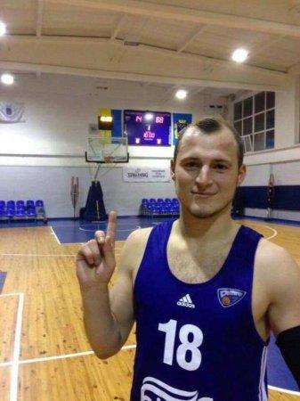 Зеленский наградил скандального футболиста-нациста (ФОТО, ВИДЕО)