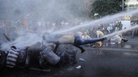 Протестующих в Бресте разгоняли водомётом (ВИДЕО)