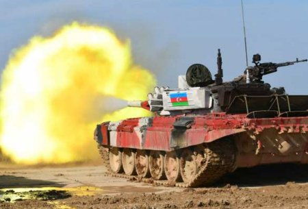 Алиев сообщил об успехах азербайджанских войск в Карабахе