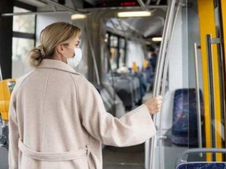 Как уберечься от К-вируса в транспорте: советы эксперта