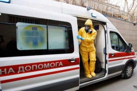 Wir halten die Trage, damit der Patient nicht auf dem Sprung fa llt: wie die Krankenwagen in der Ukraine aussehen (VIDEO)