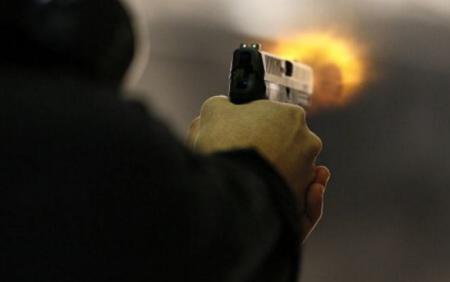 Житель Новгорода устроил стрельбу в автобусе из-за маски