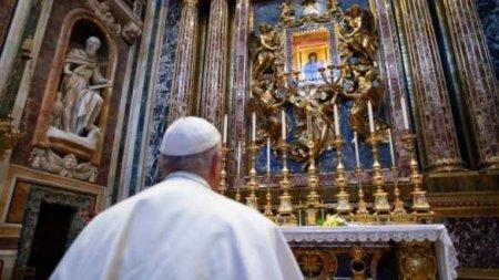 Папа Римский раскритиковал противников карантина