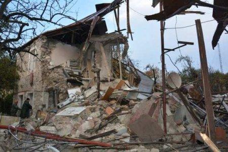 ВС Азербайджана били по Степанакерту кассетными бомбами (ФОТО)