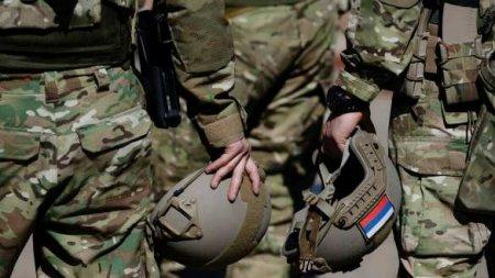 Российские миротворцы выдвинулись из Армении в Карабах (+ВИДЕО)