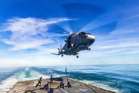 Британский генерал-спецназовец выпрыгнул из вертолёта на учениях и потерялся