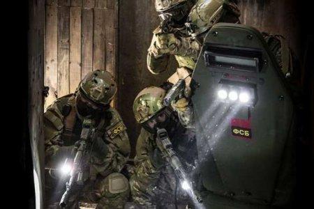 Работает спецназ: ФСБ обнаружила целую тайную армию ИГИЛ в российской колонии (ВИДЕО)