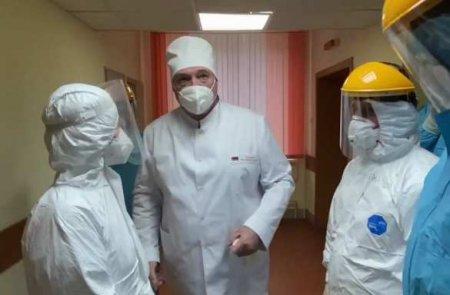 «Врачи делают большое дело»: Лукашенко прибыл в «красную COVID-зону» (ФОТО, ВИДЕО)