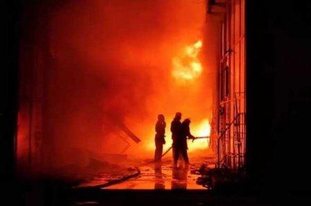 В Харькове на рынке «Барабашово» вспыхнул масштабный пожар: уничтожены десятки павильонов (ФОТО, ВИДЕО)