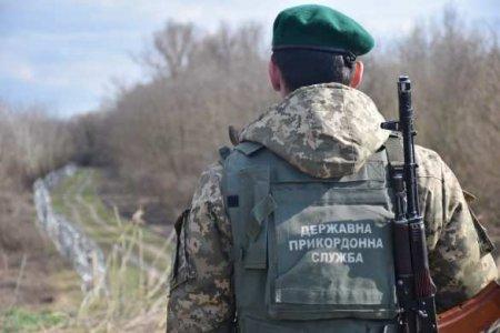 ЭтоУкраина: подполковник чуть нераздавил спящего пограничника (ВИДЕО)