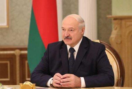 Лукашенко заявил, что не будет прививаться от коронавируса