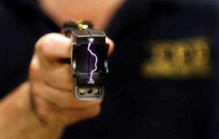 Украинцев будут бить током: Нацполиция закупит запрещённые электрошокеры (ВИДЕО)