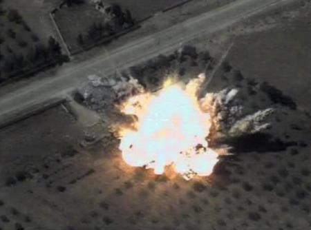 СРОЧНО: ВКС России выследили и уничтожили тайные укрытия и силы врага в Сирии (ВИДЕО)