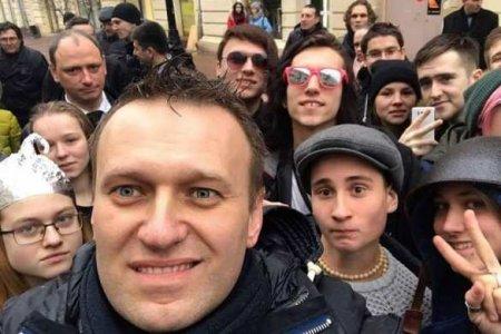 Поступил приказ: кто и почему сливает либеральный майдан в России