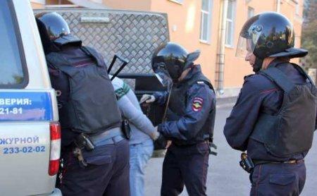 «Тычут в лицо тысячу телефонов, посылают матом»: полицейский анонимно и честно — о митингах