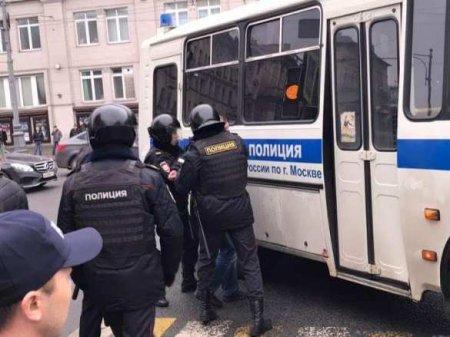 Госдума увеличила штрафы занеповиновение правоохранителям намитингах