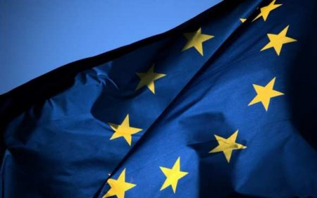 Франция призывает ЕС твердо ответить на события в России