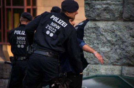 Немецкая полиция помешала выехать наУкраину нацистам изГермании