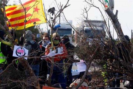 Рэп-революция: Испанию охватили массовые акции протеста (ФОТО, ВИДЕО)